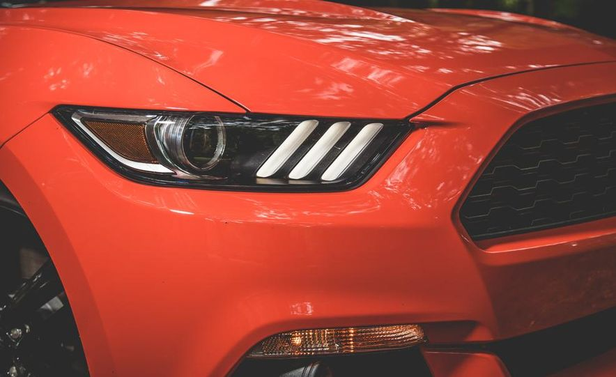 2015 Ford Mustang 2.3L EcoBoost - Slide 5