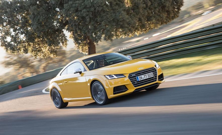 2016 Audi TTS - Slide 10