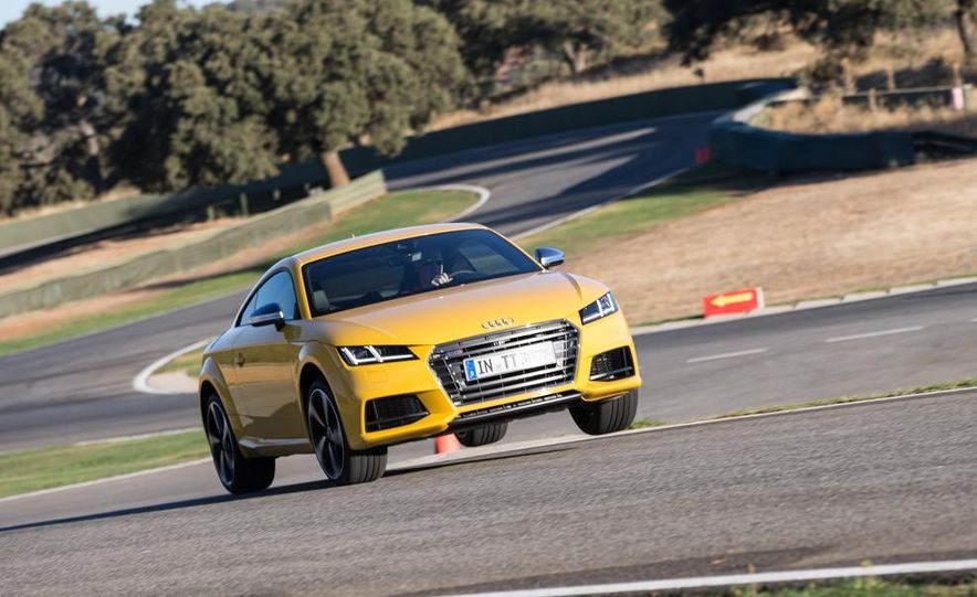 2016 Audi TTS - Slide 25