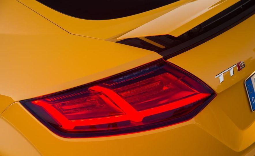 2016 Audi TTS - Slide 34