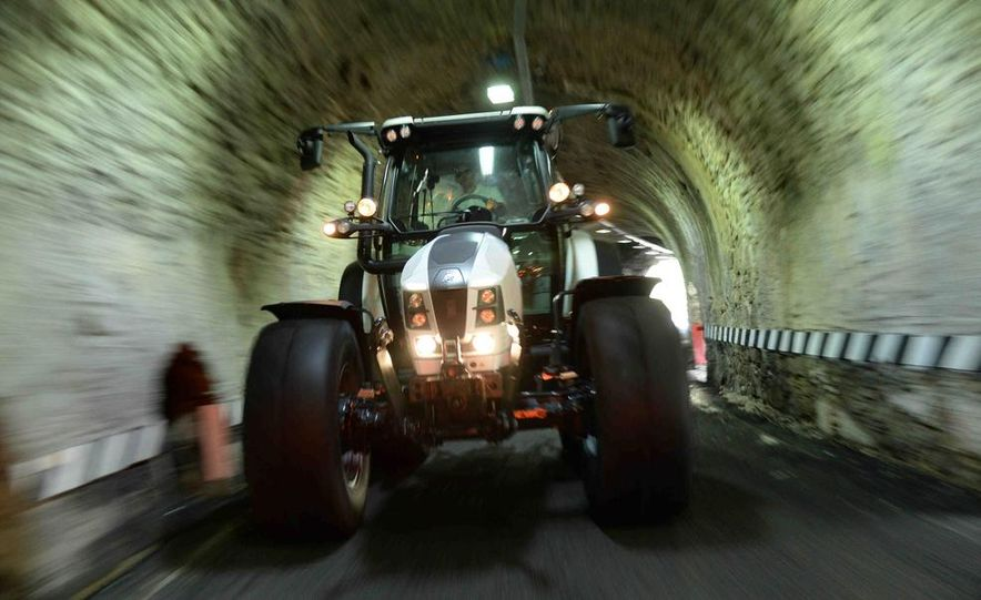 Lamborghini Nitro tractor - Slide 3