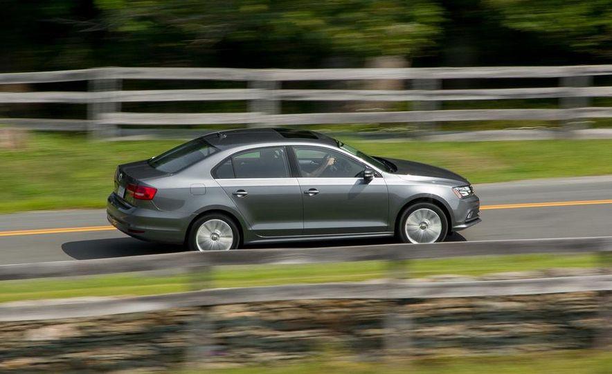 2015 Volkswagen Jetta SE TSI - Slide 6