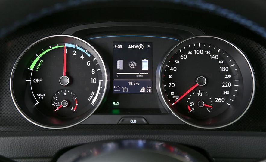 2015 Volkswagen Golf GTD, Golf GTE, and GTI - Slide 29