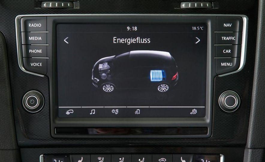 2015 Volkswagen Golf GTD, Golf GTE, and GTI - Slide 30