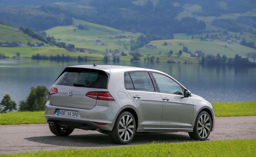 2015 Volkswagen Golf GTD, Golf GTE, and GTI - Slide 14