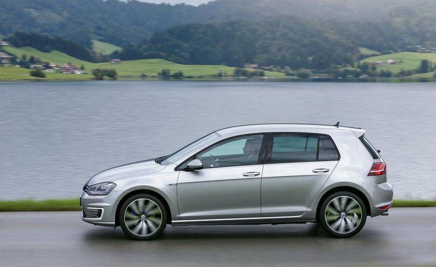 2015 Volkswagen Golf GTD, Golf GTE, and GTI - Slide 18