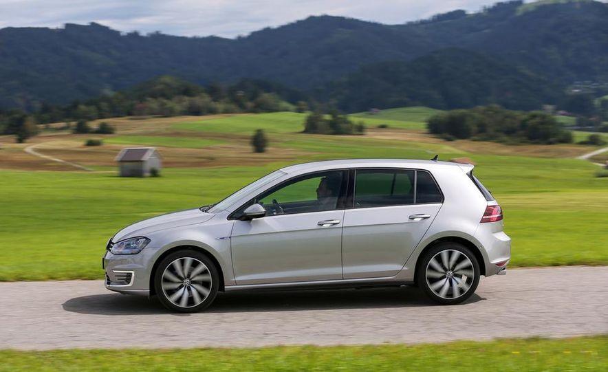 2015 Volkswagen Golf GTD, Golf GTE, and GTI - Slide 19