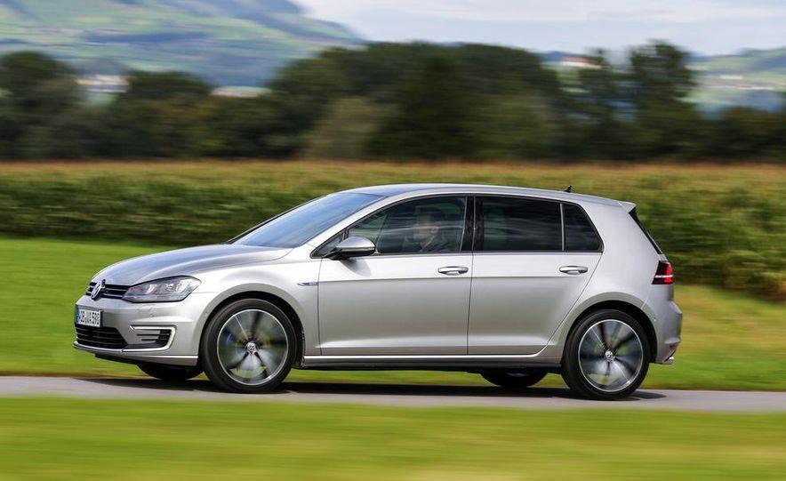 2015 Volkswagen Golf GTD, Golf GTE, and GTI - Slide 21