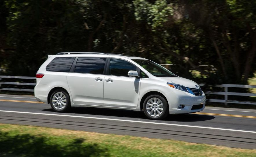 2015 Toyota Sienna Limited - Slide 8