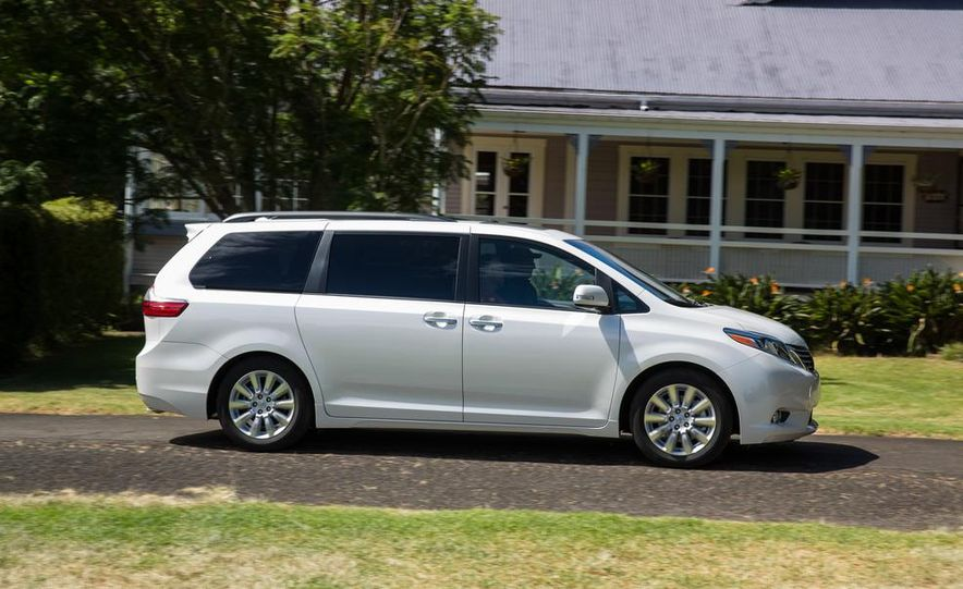2015 Toyota Sienna Limited - Slide 10