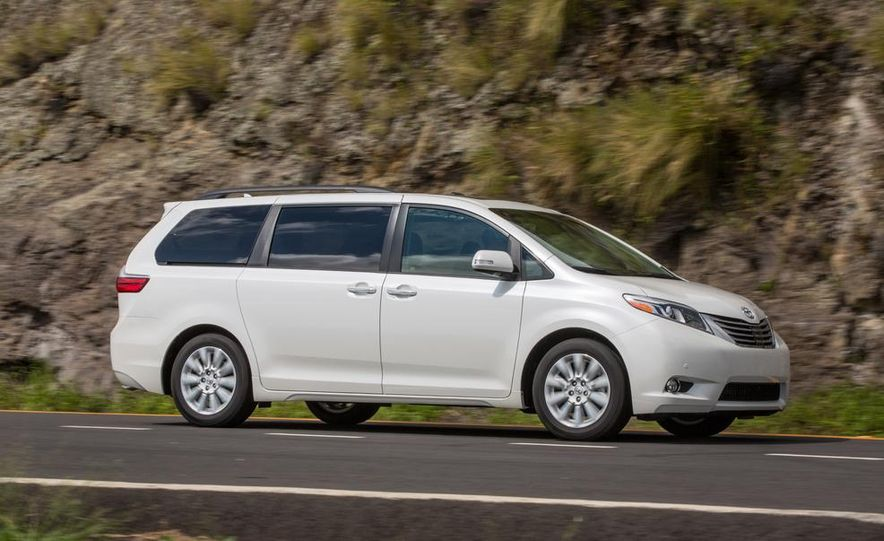 2015 Toyota Sienna Limited - Slide 11