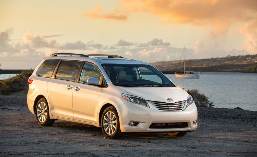 2015 Toyota Sienna Limited - Slide 14