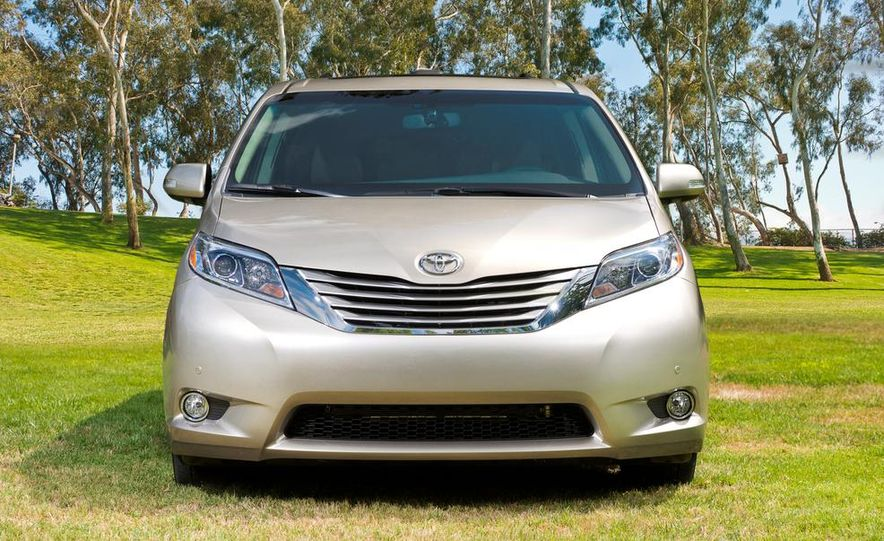 2015 Toyota Sienna Limited - Slide 26