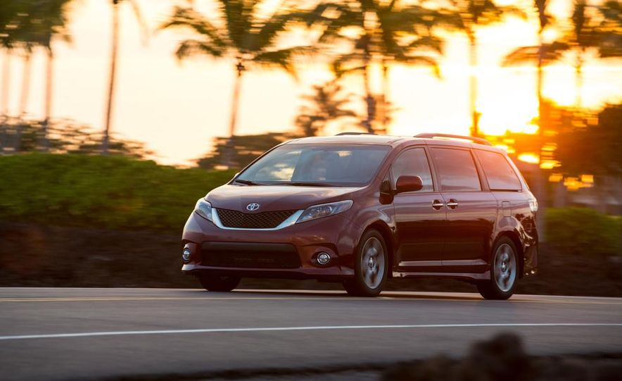 2015 Toyota Sienna Limited - Slide 54