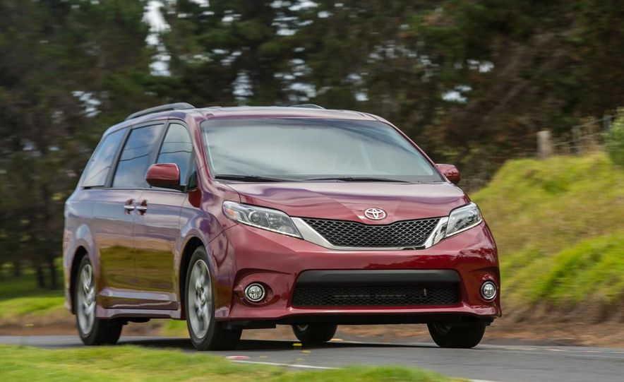 2015 Toyota Sienna Limited - Slide 60