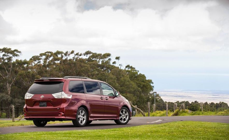 2015 Toyota Sienna Limited - Slide 72