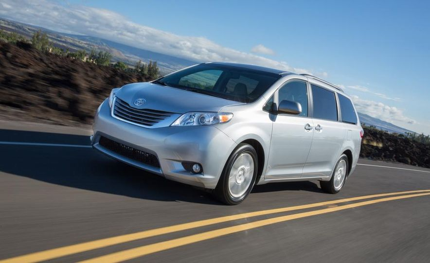 2015 Toyota Sienna Limited - Slide 40