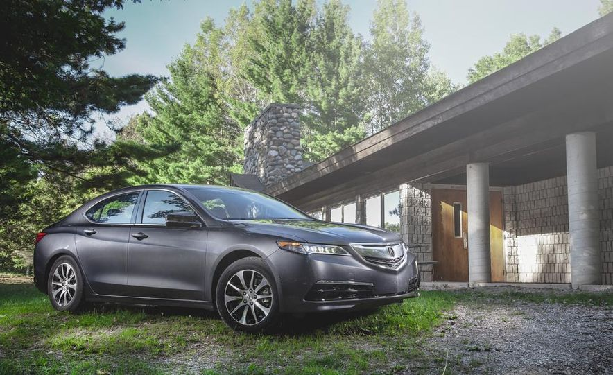 2015 Acura TLX 2.4L - Slide 1