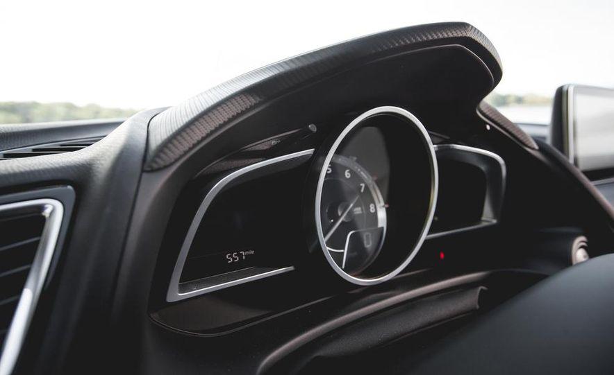 2015 Mazda 3 2.5L hatchback - Slide 28