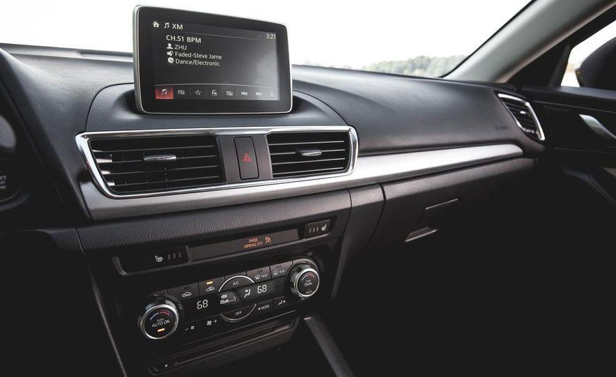 2015 Mazda 3 2.5L hatchback - Slide 31