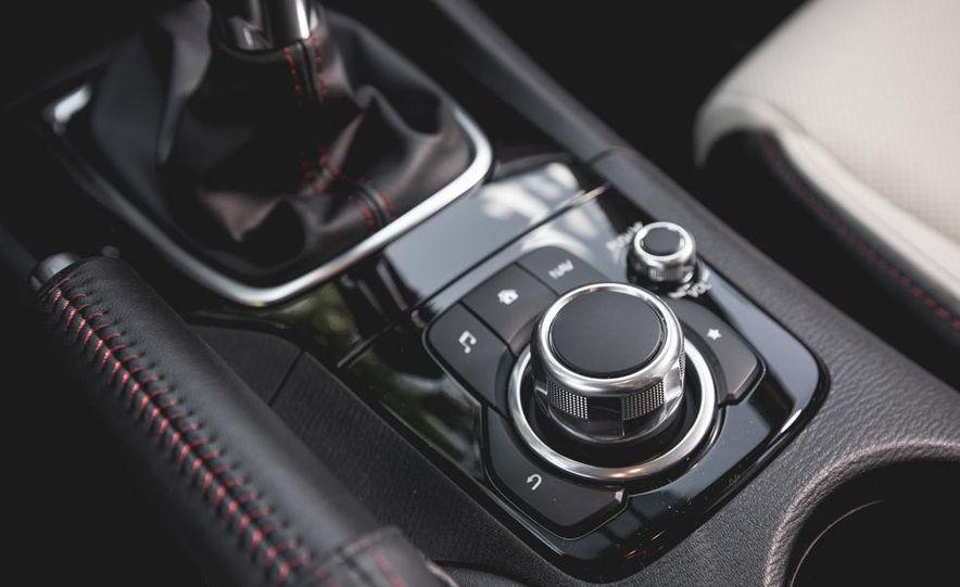 2015 Mazda 3 2.5L hatchback - Slide 37