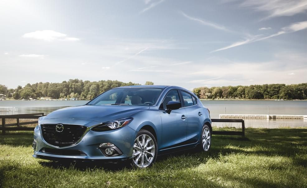 2015 mazda 3 2.5l hatchback - photo gallery | car and driver