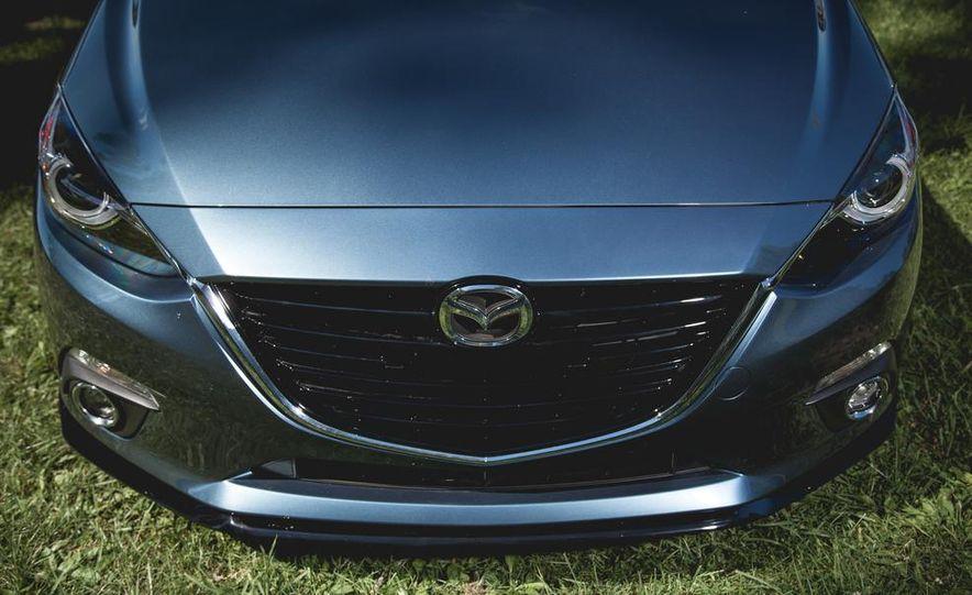 2015 Mazda 3 2.5L hatchback - Slide 5