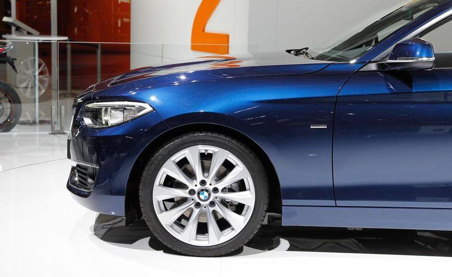 2015 BMW 220d convertible - Slide 17