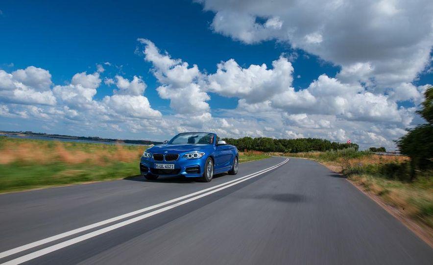 2015 BMW 220d convertible - Slide 24