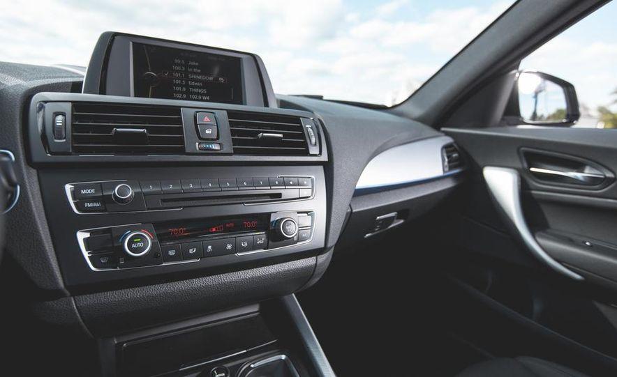 2014 BMW M235i coupe - Slide 19