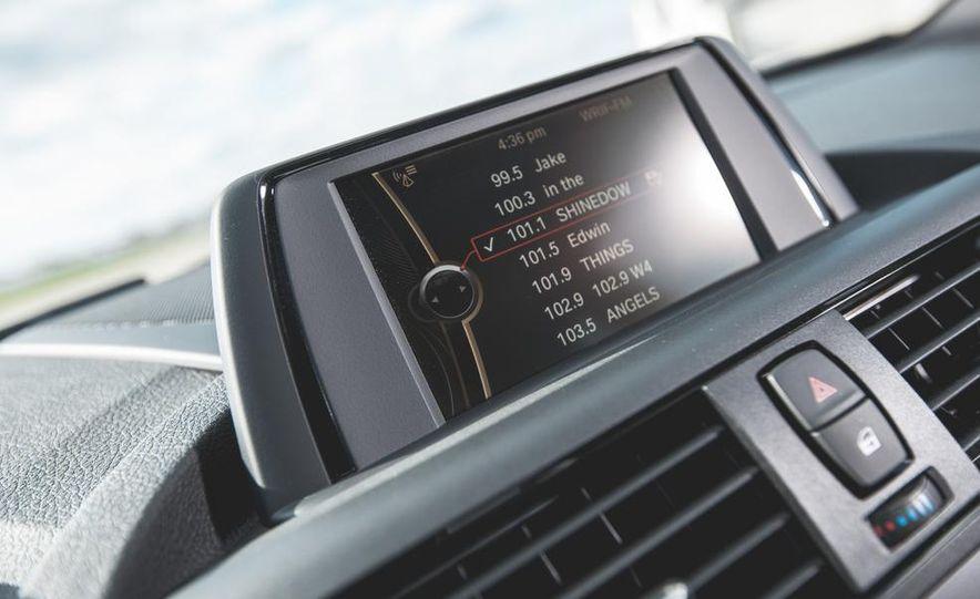 2014 BMW M235i coupe - Slide 22