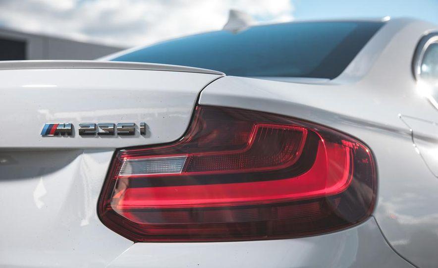 2014 BMW M235i coupe - Slide 7