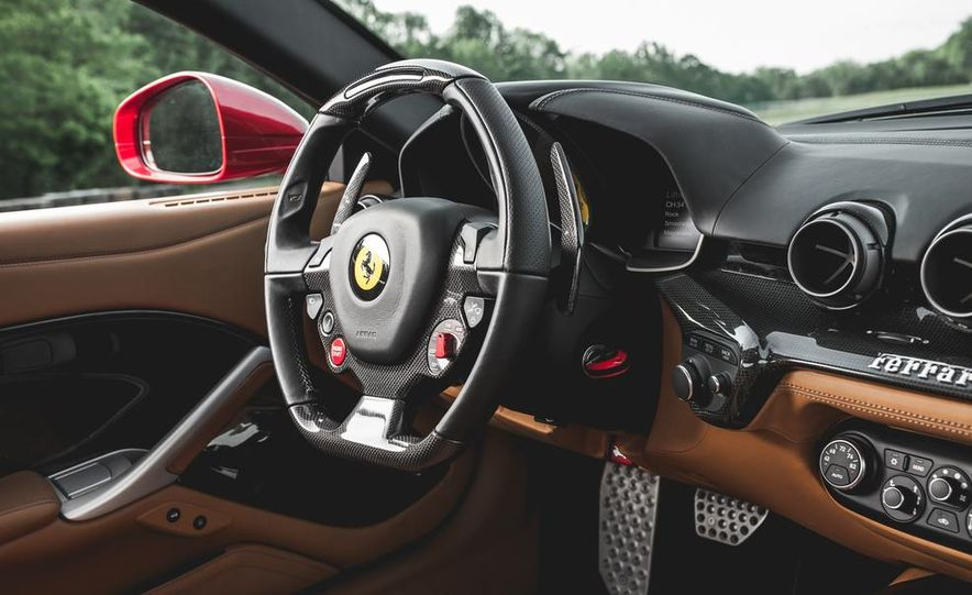2014 Ferrari F12berlinetta - Slide 24