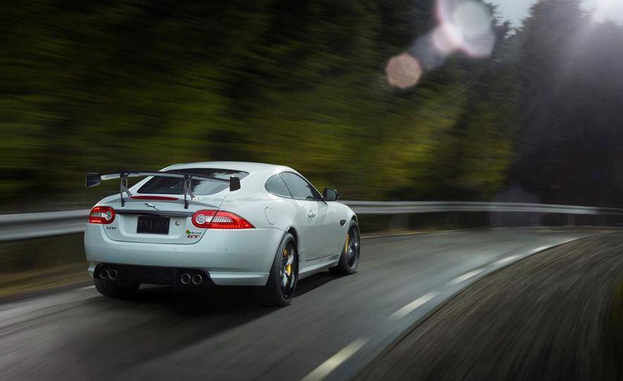 2014 Jaguar XKR-S GT - Slide 3