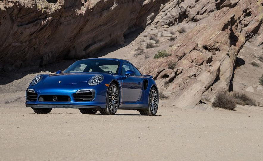 2014 Porsche 911 Turbo S - Slide 8