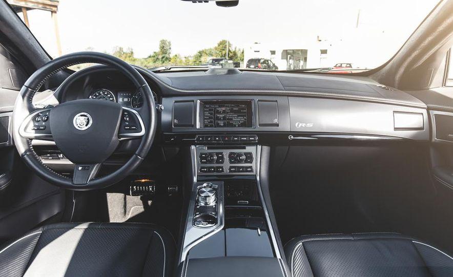 2014 Jaguar XFR-S - Slide 30