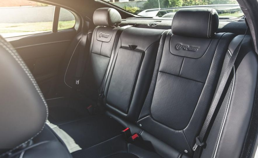 2014 Jaguar XFR-S - Slide 33