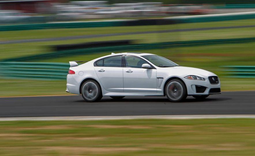 2014 Jaguar XFR-S - Slide 3