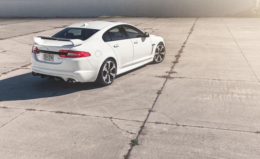 2014 Jaguar XFR-S - Slide 13