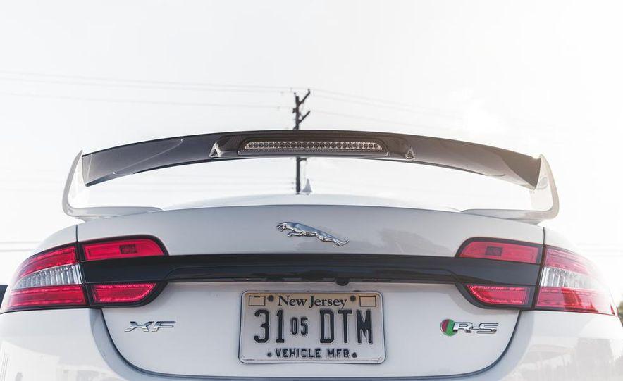 2014 Jaguar XFR-S - Slide 14