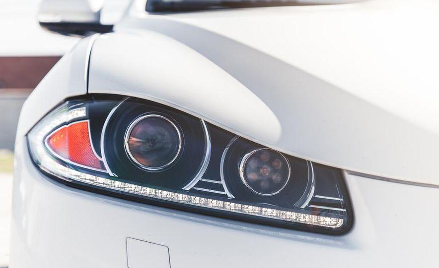 2014 Jaguar XFR-S - Slide 19
