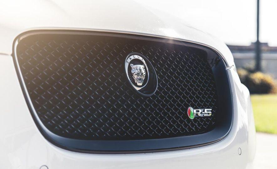 2014 Jaguar XFR-S - Slide 20