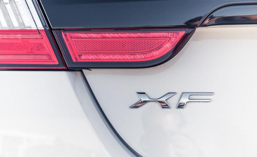 2014 Jaguar XFR-S - Slide 26