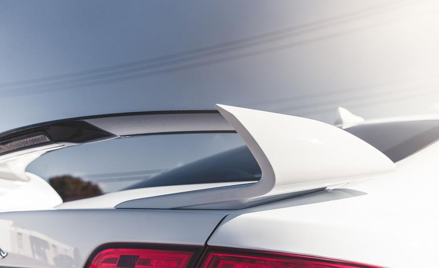 2014 Jaguar XFR-S - Slide 27