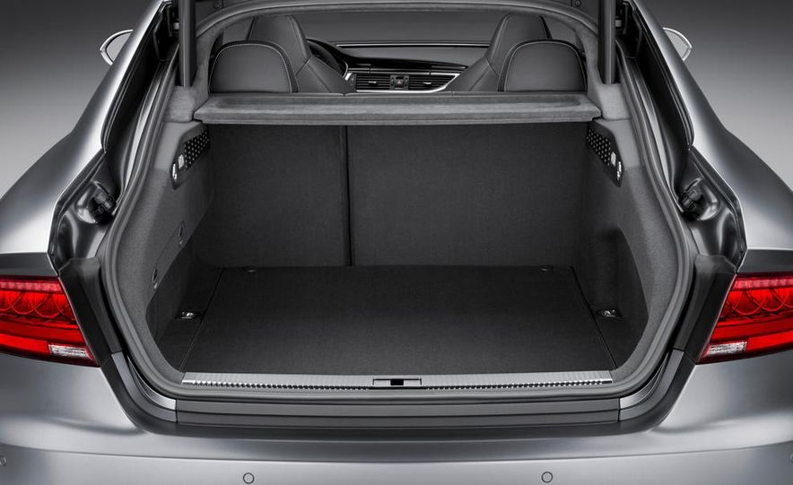 2014 Audi RS7 - Slide 41