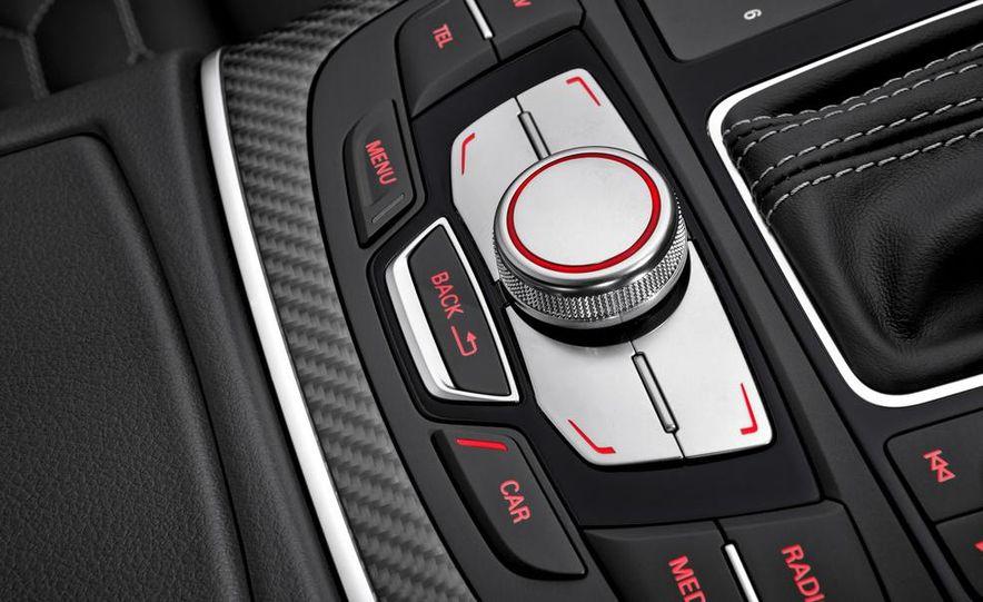2014 Audi RS7 - Slide 40
