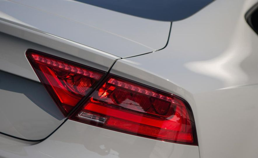 2014 Audi RS7 - Slide 18