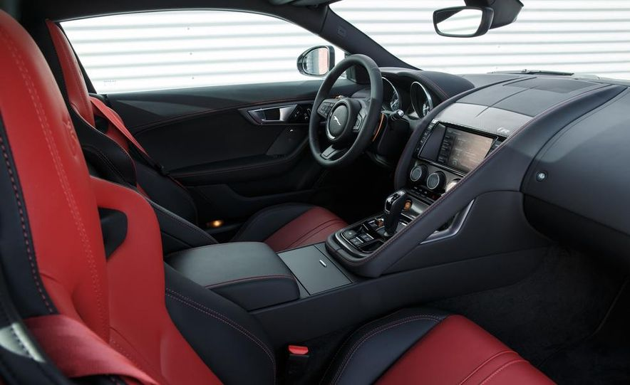 2015 Jaguar F-type R coupe - Slide 37