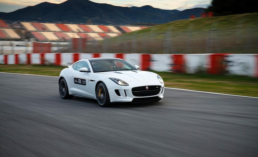 2015 Jaguar F-type R coupe - Slide 3