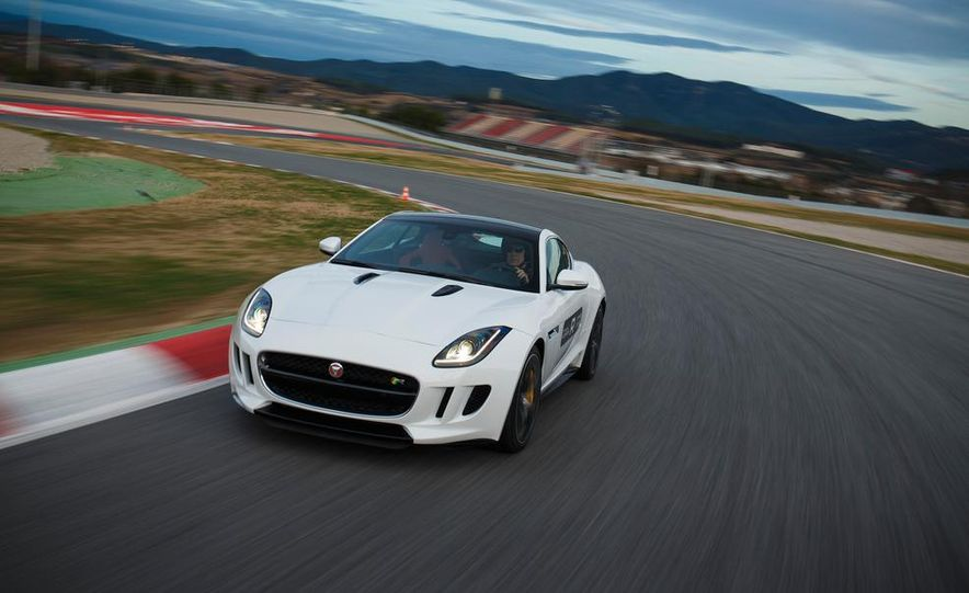2015 Jaguar F-type R coupe - Slide 7